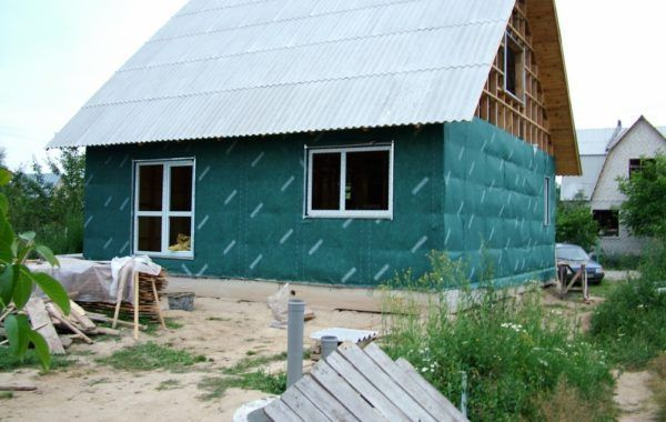 Обшиваем каркасный дом 121м2 ветроизоляцией