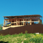 Накрываем крышей каркасный дом в Киеве